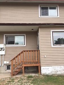Shoal Lake 2Bedroom Apartment