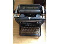 Underwood no. 10 typewriter antique