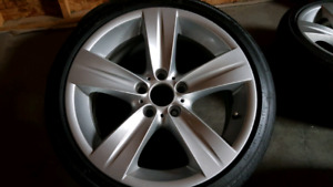 Genuine 18 inch BMW alloy rims with tires
