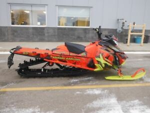 2016 Ski-Doo Summit X 163 with T3 Package Rotax 800R E-TEC
