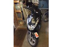 Peugeot Kisbee scooter 49cc