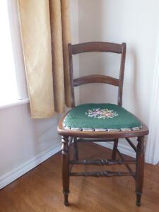 ANTIQUE NEEDLEPOINT CHAIR