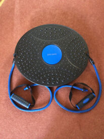 FITNESS & EXERCISE BALANCE BOARD / WOBBLE BOARD