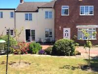 Belton. Double room and adjoining study/tv room for sole use in spacious 4 bed house
