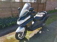 piaggio x8 125cc one year mot new tyres and battery