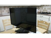 SAMSUNG 28'' LED TV/MONITOR as new, Freeview TV or can be used as monitor, with instructions