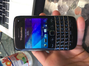 BLACKBERRY BOLD 9790 ( IN EXCELLENT CONDITION UNLOCKED )