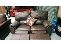 Good quality leather recliner sofa in very good condition can delivery 07808222995