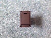 Electro /acoustic battery holder