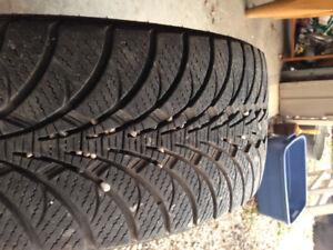 225/45/17 Goodyear Ultragrip Winter, single tire, tons of tread