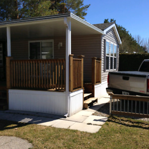 2009 Northlander cottage escape 14x36