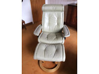 Pair of Stressless lounge chairs with stools - No fire labels for this furniture