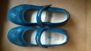 Geox Girls size 2 shoes