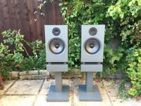 Vintage linn nexus ls-250 loud speakers with stands and cables