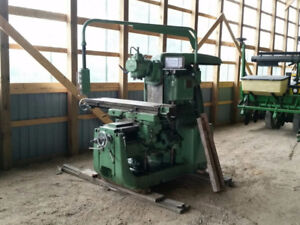 1975 Mechanicy Milling Machine at Auction