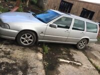 Volvo v70, top spec, 12 months mot and had a tow bar