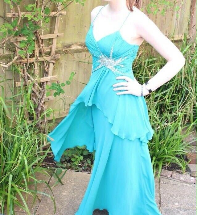 Prom dress for salein West Moors, DorsetGumtree - Size 10 waterfall prom dress with star diamond detail in the side. Light material, strapy back. Length is to the floor. Only been worn the once. Original price £200