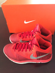 Nike Kid's Air Max Premier Basketball shoes, size 4.5 youth
