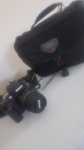 Digital Nikon Camera D7000 with case and lenses