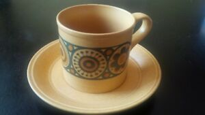 8 piece coffee cup set