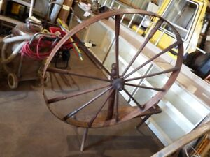 Wool Spinning Wheel antique vintage Knitting Sheep Lama Wool