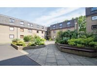 2 bedroom fully furnished 1st floor flat to rent on Belhaven Place, Morningside , Edinburgh