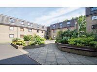 2 bedroom fully furnished 1st floor flat to rent on Belhaven Place, Morningside , Edinburgh