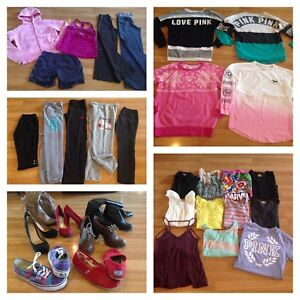 Huge Brand Name Women's Clothes Lot (size medium/large )