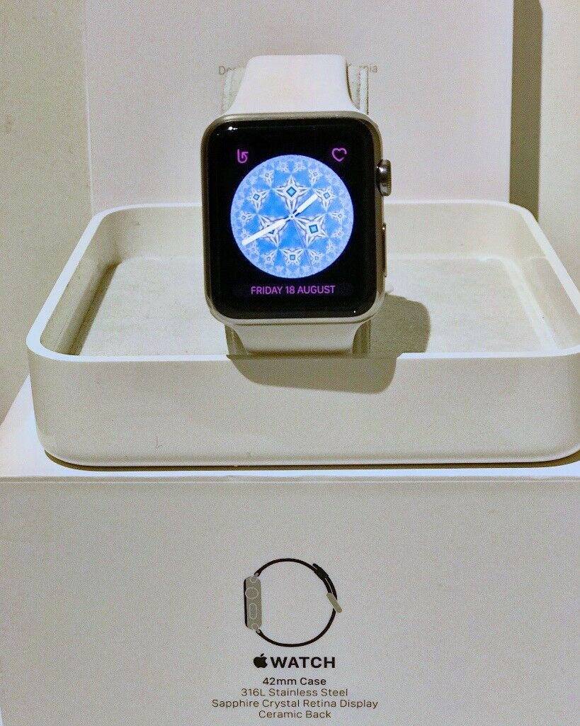 Apple Watch Series 1 (Boxed) with White Sport Bandin Huddersfield, West YorkshireGumtree - Apple Watch Series 1 (Boxed) with White Sport Band Stainless steel Apple Watch in very good condition with minimal wear and tear. Currently running Watch OS 4.0. Boxed with charging cable and unused white sport band. Series 1 Features Silver aluminum...