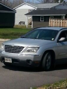 2006 Chrysler Pacifica Hatchback Loaded Leather seats 7