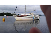 Sail Boat loch lomand, 22 ft Newbridge ventuurer, 8hp yamaha outboard,