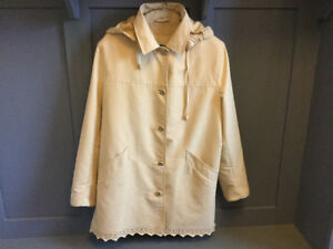 Soft Yellow NC Nuage Collection Coat, size M