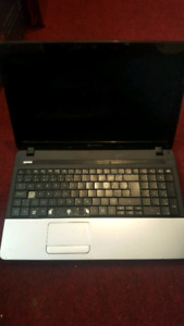 3 LAPTOPS GATEWAY WIN 8 ACER AND HP WIN VISTA