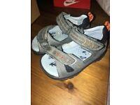Lot shoes size 4
