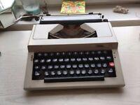 Typewriter for sale, 'Challenge' vintage £30