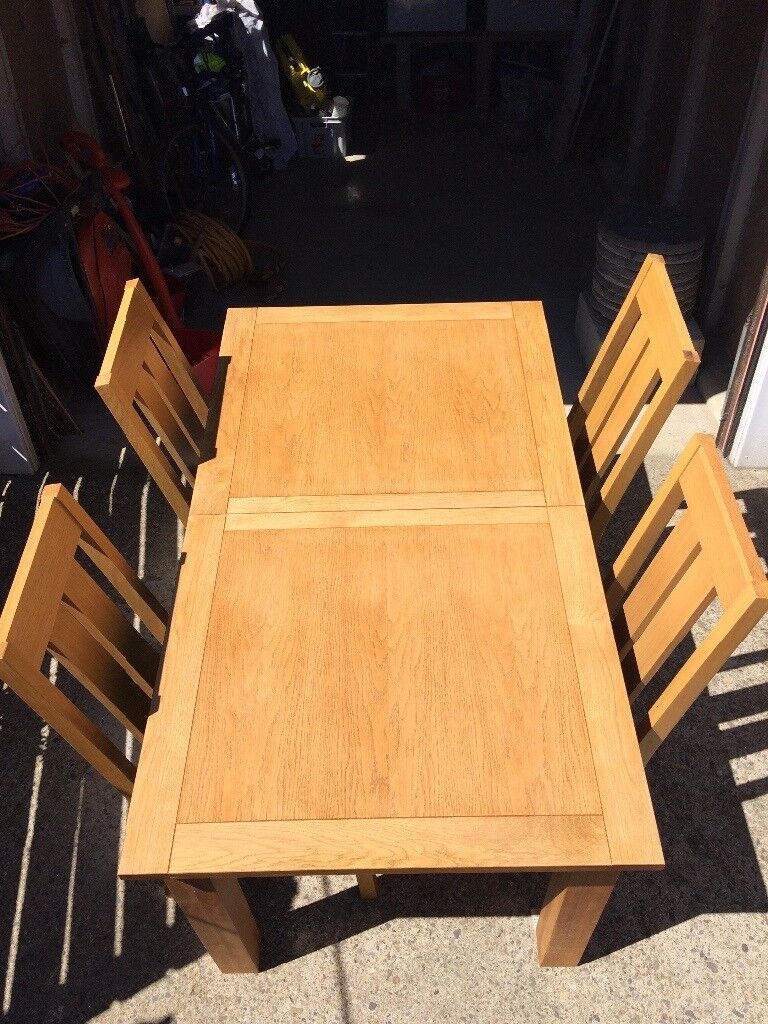 Dining Room Table and Six Chairs by Next Cambridge Range in