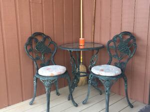 Petit set patio décoratif