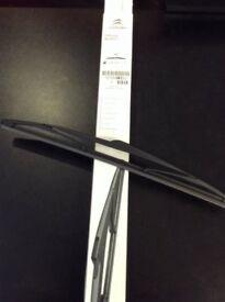 Genuine Citroen C4 Picasso 2013 On Rear Wiper New 1609419880