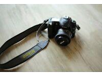 Nikon D50 with AF-S NIKKOR 35mm 1:1.8g lense