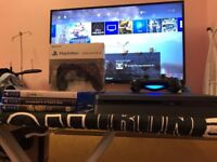PS4 SLIM (NEW MODEL) WITH 5 GAMES AND TWO CONTROLLERS £280 BARGAIN!