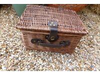 Small Wicker Picnic Basket/Hamper For Sale