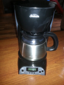 Excellent Used Condition Stainless Steel Coffee Maker 20$