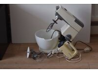 KENWOOD CHEF CAKE MIXER/CHEF HAND MIXER CAN BE SEEN WORKING