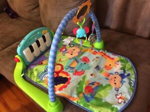 Fisher Price Kick & Play Piano Gym Play Mat