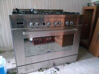 Delonghi DFS903.1Professional Gas oven and cooker