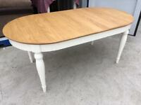 Ivory and Oak Hampstead 6 Seater dining table by Bentley Designs (ex display)