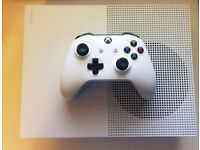 Xbox one S 500GB in perfect condition with multiple games (Original Packaging)