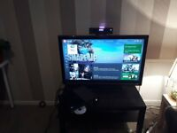 Xbox one (500gb) with Kinect. Both in excellent working order and condition. includes games