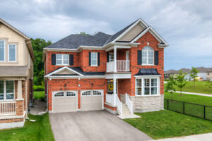 BEAUTIFUL HOME IN THE DESIRABLE HURON PARK AREA
