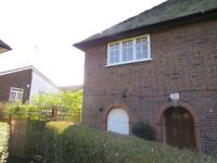 2 bed maisonette to rent in Neale Close, East Finchley N2